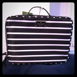 Kate Spade Travel Cosmetic Case Bag NWT